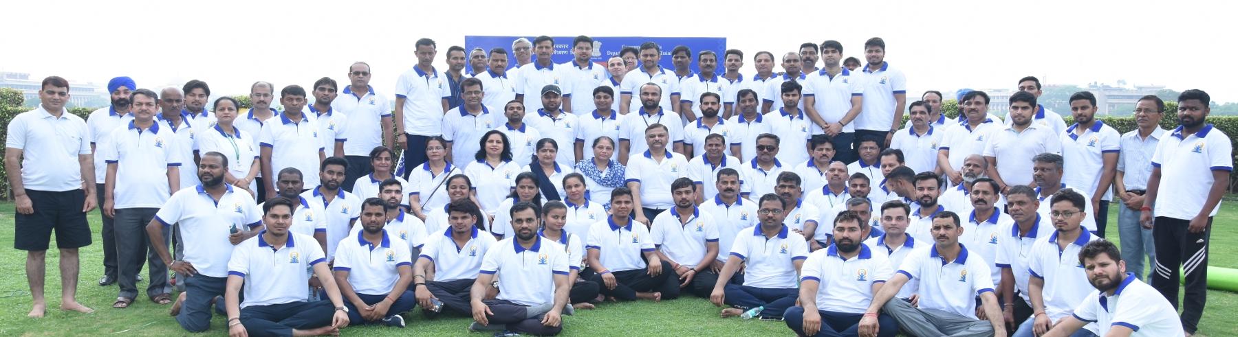 पांचवें अंतर्राष्ट्रीय योग दिवस पर भव्य योग कार्यक्रम का आयोजन